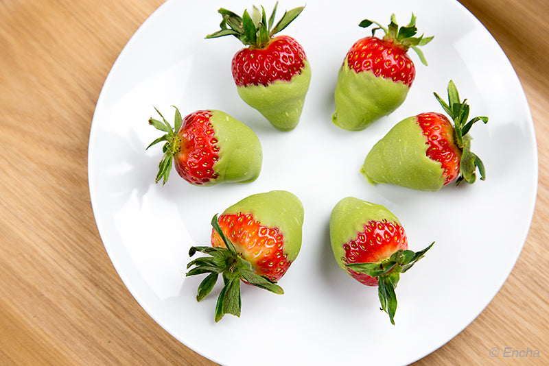 matcha chocolate-dipped strawberry fresh strawberries with culinary-grade Encha
