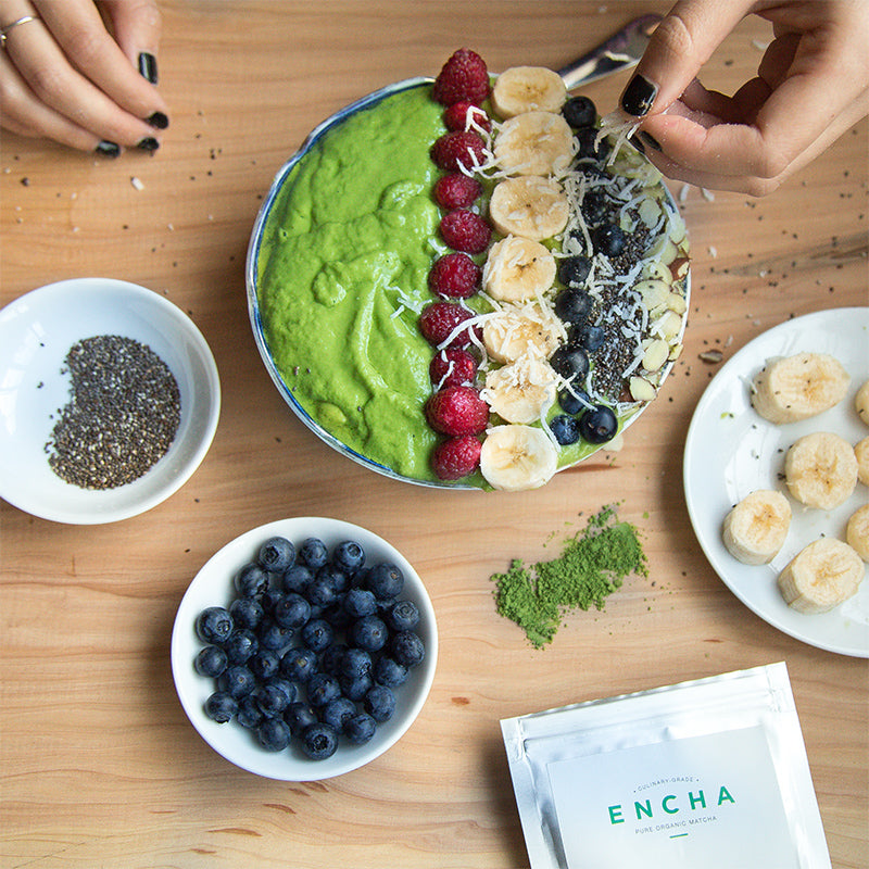 Matcha green smoothie bowl: Encha organic matcha