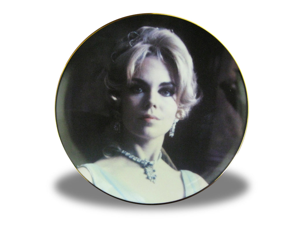 Dark Shadows Collectors Plate Angelique - Box Art