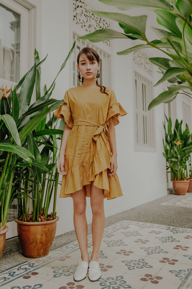 CROATIA RUFFLE DRESS (MUSTARD)
