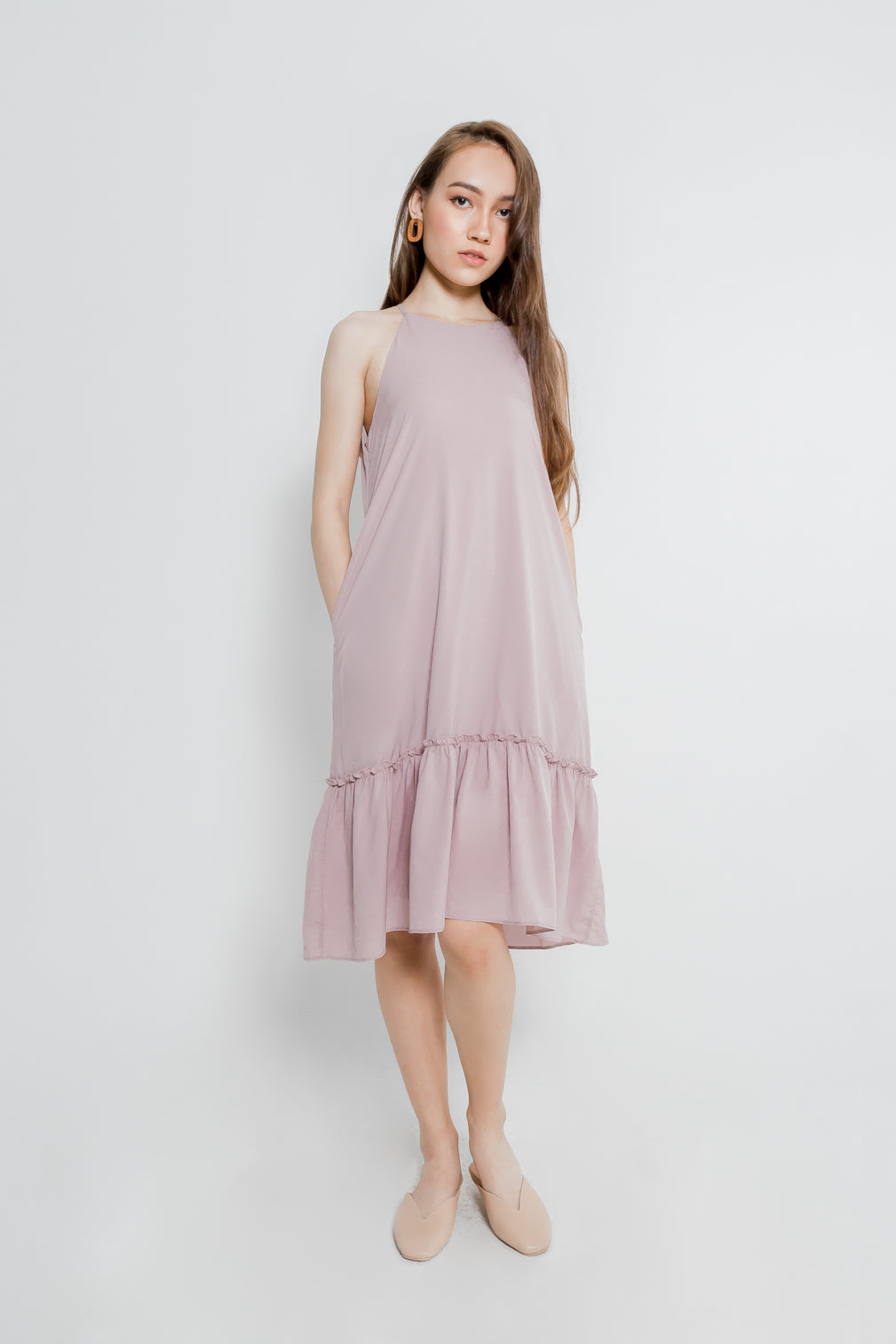 CUT IN RUFFLE HEM MIDI DRESS (DUSTY PINK)