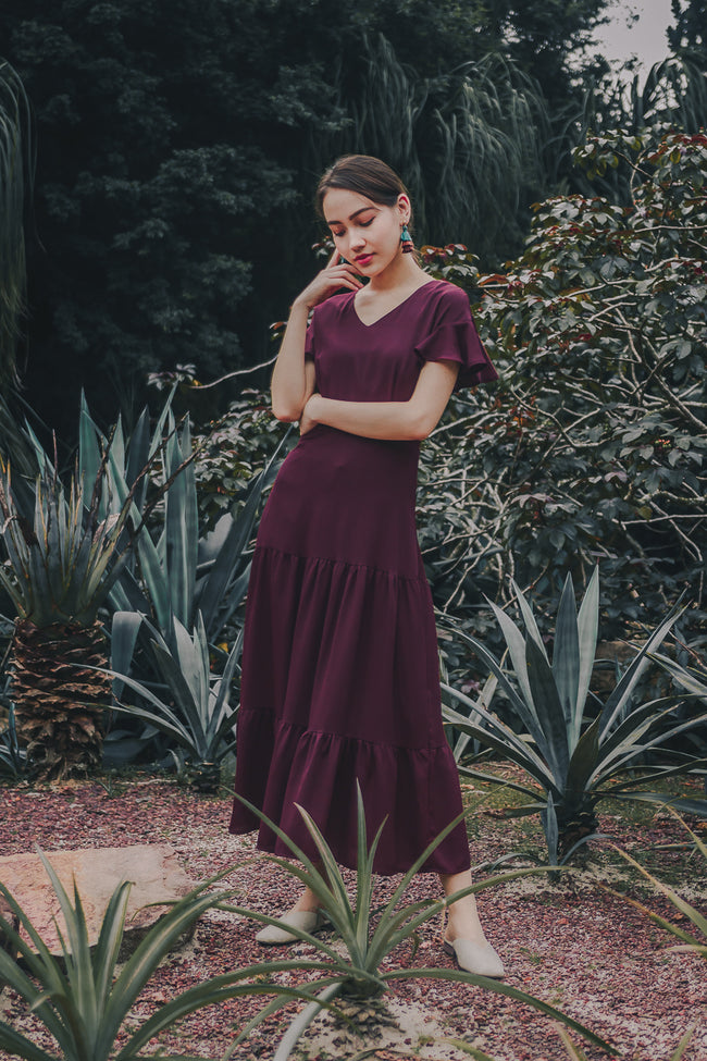 CARLY TIERED MAXI DRESS (BURGUNDY)