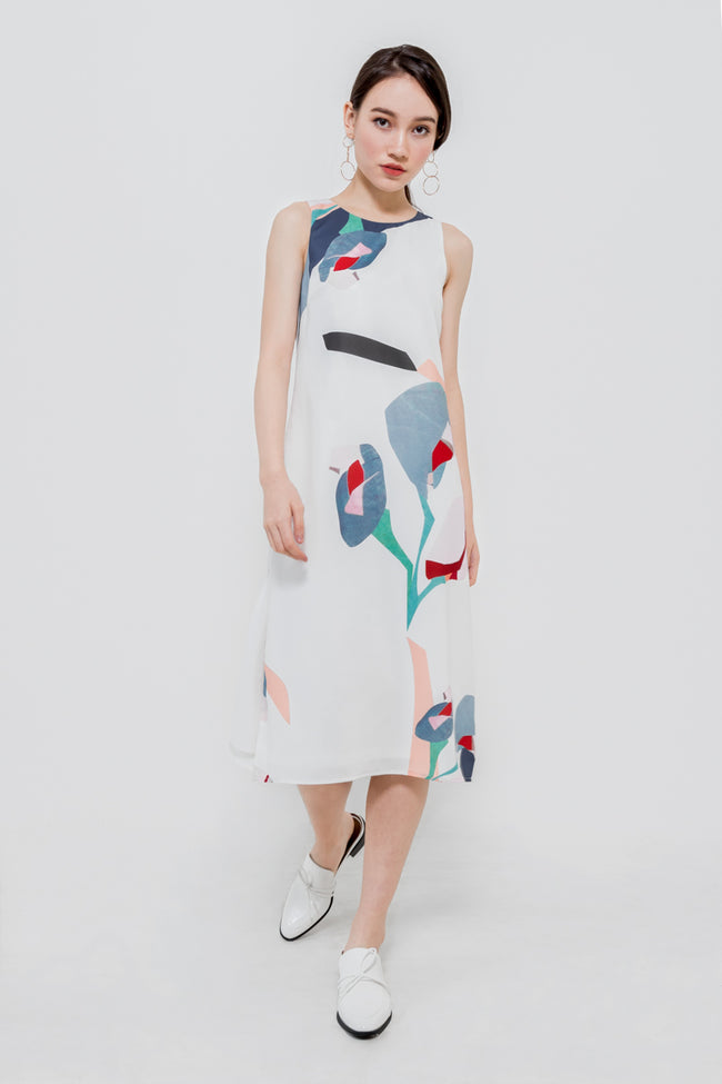 OAKAWA FLORAL PRINTED MIDI DRESS (WHITE)