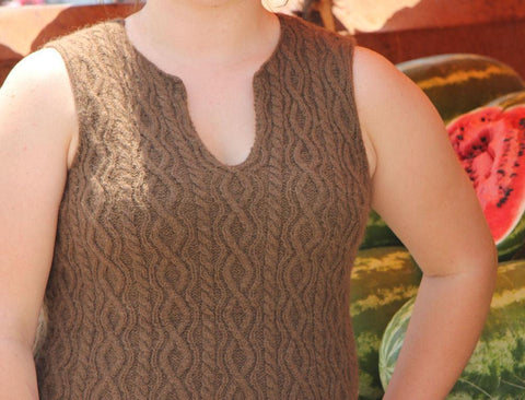 Lachina Vest,Knitting Pattern by Yarn Thing - PDF