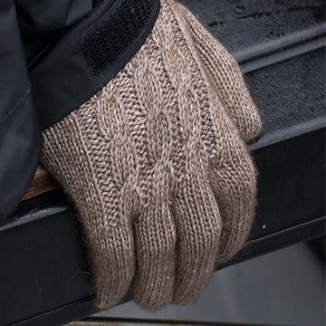 Buffalo Wool Co Bison and Silk ladies cabled gloves