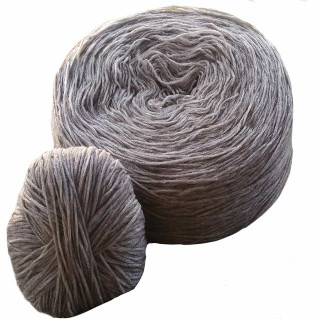 Pin Roving - Bison & Wool 50/50 blend Yarn The Buffalo Wool Co.