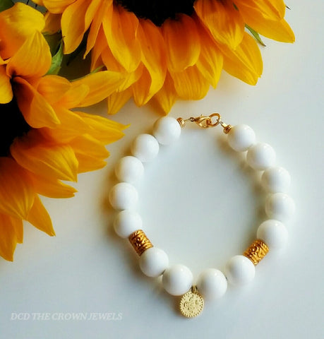 GOLD COIN WHITE BEAD BRACELET
