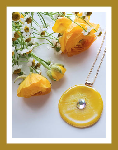 Yellow Glass Pendant Necklace