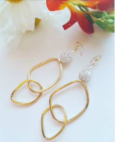 GOLD LINKS CRYSTAL EARRINGS