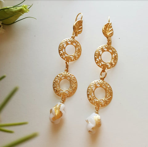 THE GOLD WHITE ORNATE EARRINGS