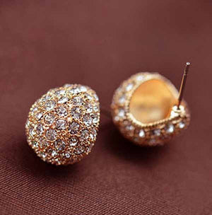 Clam Shell Crystal Encrusted Textured Scoop Stud Earrings For Woman