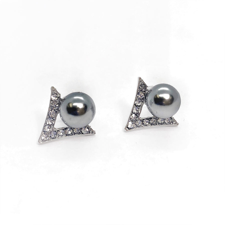 V Shaped Pearl And Crystal Stud Earring