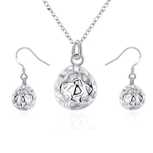 Round Threaded Heart Silver Necklace And Earring set