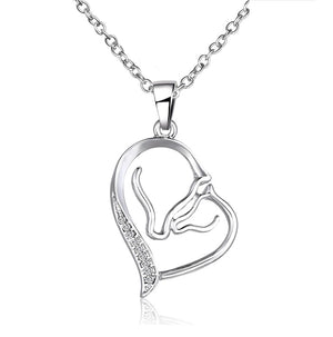 feshionn-iobi-horse-mother-baby-heart-necklace