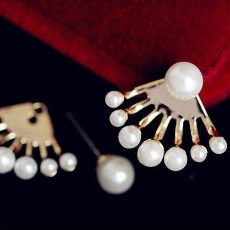Peek-A-Boo Pearls Stud Earrings & Jacket