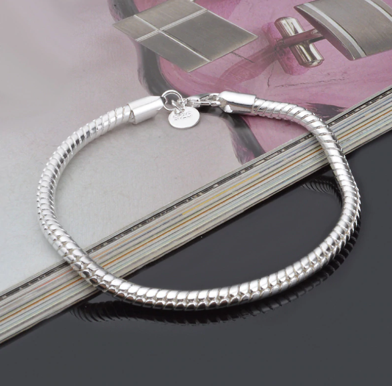 ON SALE - Sophisticated Silver Snake Chain Bracelet