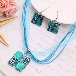Glossy Enamel Squares Necklace and Earrings Set - In Two Colors