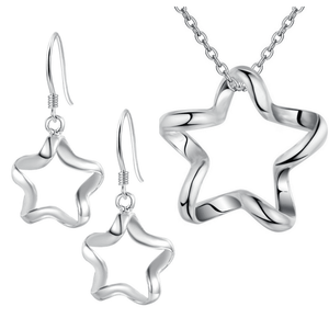 Swervy Star Silver Necklace & Earrings Set