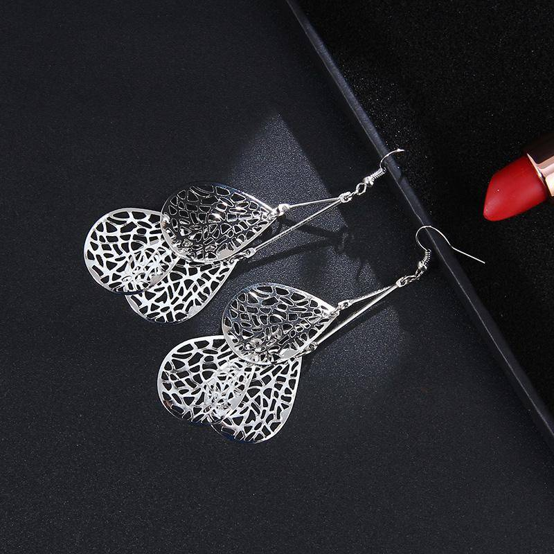 ON SALE - Dangling Mesh Drops Earrings in Gold or Silver