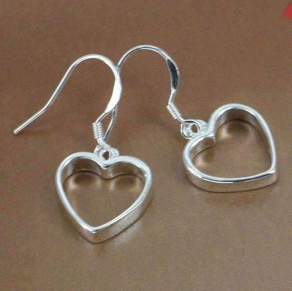 Feshionn IOBI Earrings Silver Silver Dangling Heart Earrings