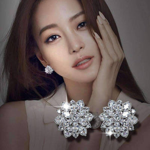 Feshionn IOBI Earrings Wondrous White CZ Flowers Sterling Silver Stud Earrings