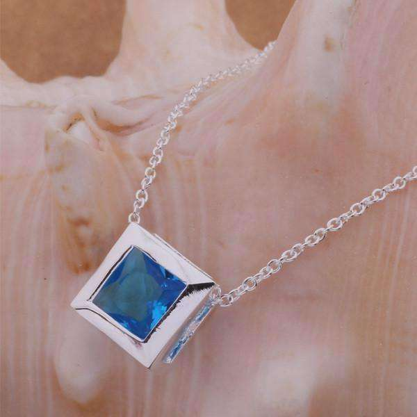 Aquarium Sterling Silver Cube Set Floating Necklace