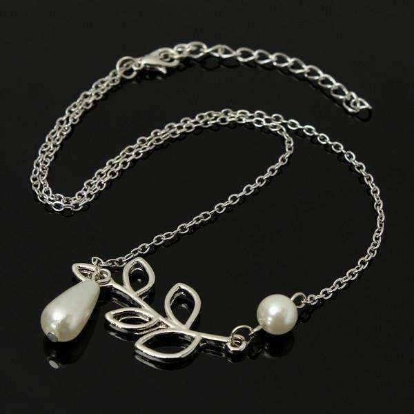 Feshionn IOBI Necklaces Silver ON SALE - Pearl Droplet Thread Necklace