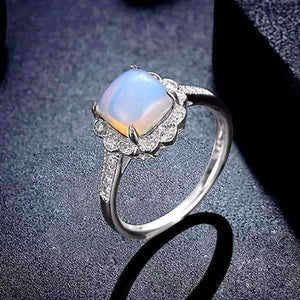 Feshionn IOBI Rings 6 Cabochon White Opal Sterling Silver Ring