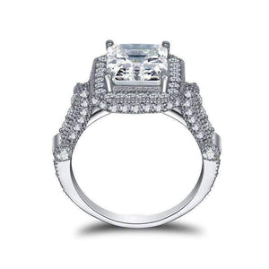 Feshionn IOBI Rings Aurelia 3CT Emerald Cut Halo IOBI Cultured Diamond Ring