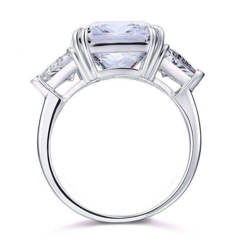 Feshionn IOBI Rings 6 Fancy Fire 8CT Princess Cut Three Stone Ring