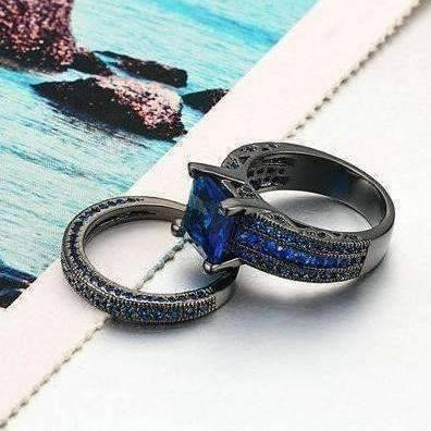 Feshionn IOBI Rings 6 Moonlight Serenade Blue CZ and Black Gold Solitaire Engagement Ring Set
