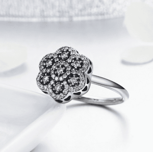 Feshionn IOBI Rings Sparkling Petals CZ Sterling Silver Flower Ring
