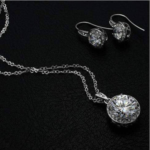 Feshionn IOBI Sets White Gold Heart Set CZ Solitaire Necklace and Earrings on White Gold