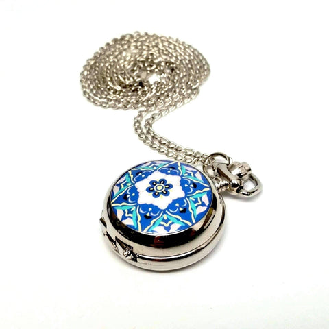Feshionn IOBI Watches Blue and White Blue and White Floral Vintage Style Mini Pocket Watch