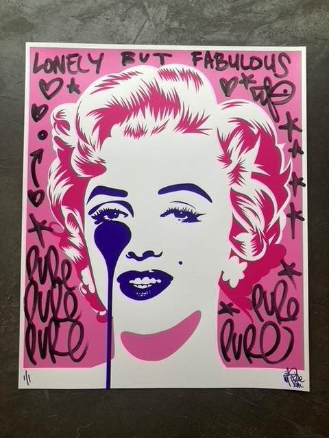 Are you Lonely ? Marilyn Classic Pink Handfinished