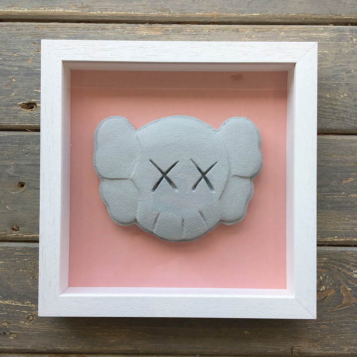 Zeus - Love Is A Drug (Kaws)
