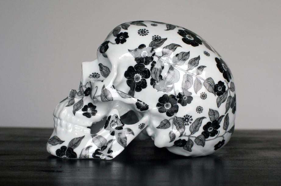 Noon - Black Skull Fleurs - Ceramic Porcelain from K.Olin Tribu