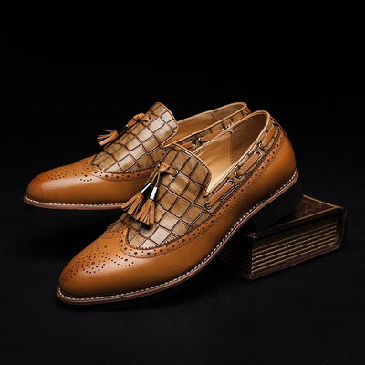 Men's British Brogue Carved Oxfords - TrendSettingFashions