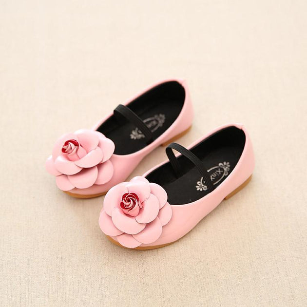 Girls Flower Slip On Flats - TrendSettingFashions