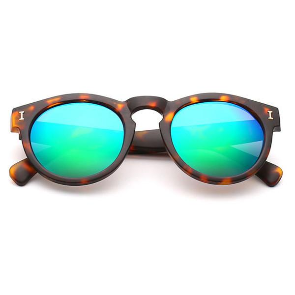 Vintage Round Sunglasses With 10 Color Options - TrendSettingFashions