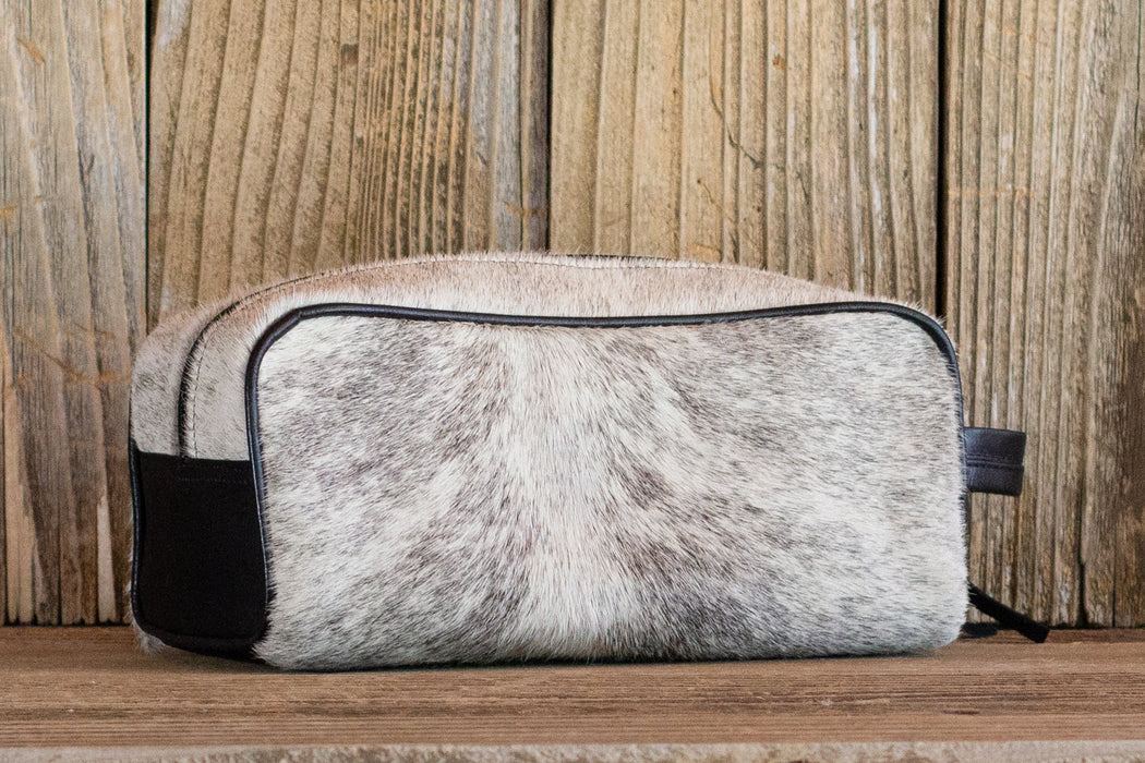 Toiletry Bag No. 60