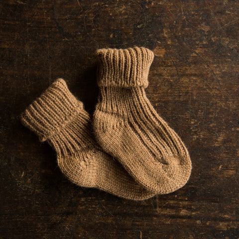 Soft 100% camel wool socks for babies - Natural brown