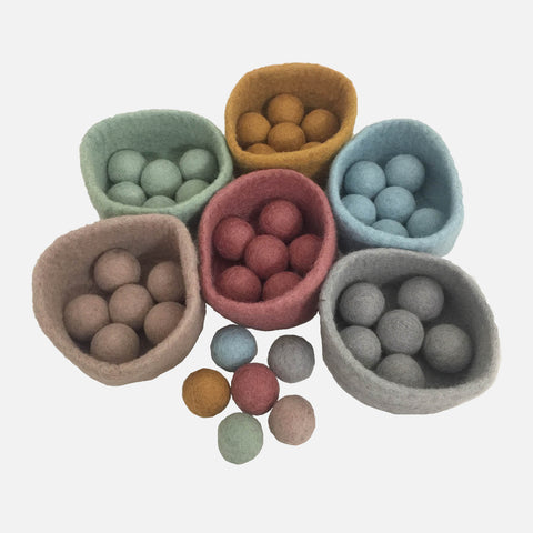 Felted Wool Bowl And Ball Set - 6 Balls - Many colours
