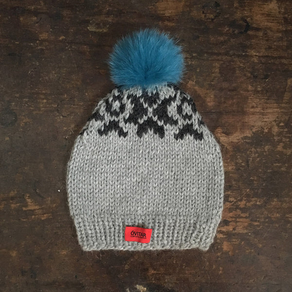 Hand-Knit Faroese Wool Hat with Pompom - Grey - 1-5 years