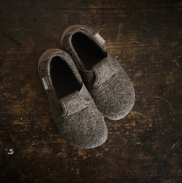 Velcro Wool Slipper Shoe - Brown - Size 25-35 (UK 8-3)