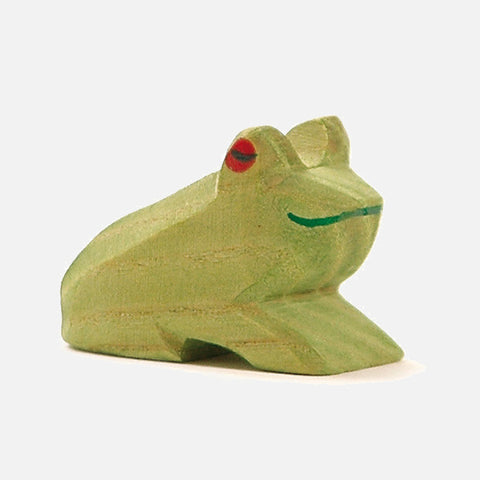 Handcrafted small sitting frog