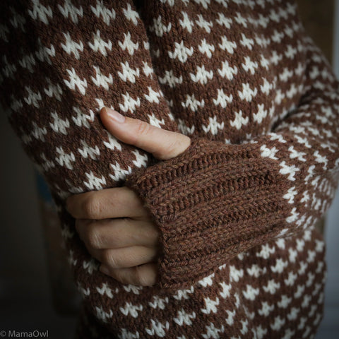 Adult Hand-Knit Sweater Knud - Cinnamon