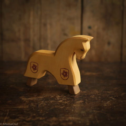 Handcrafted Horse For Knight - Yellow