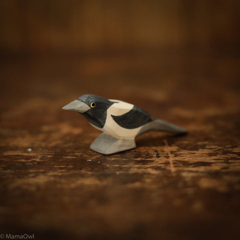 Handcrafted Magpie