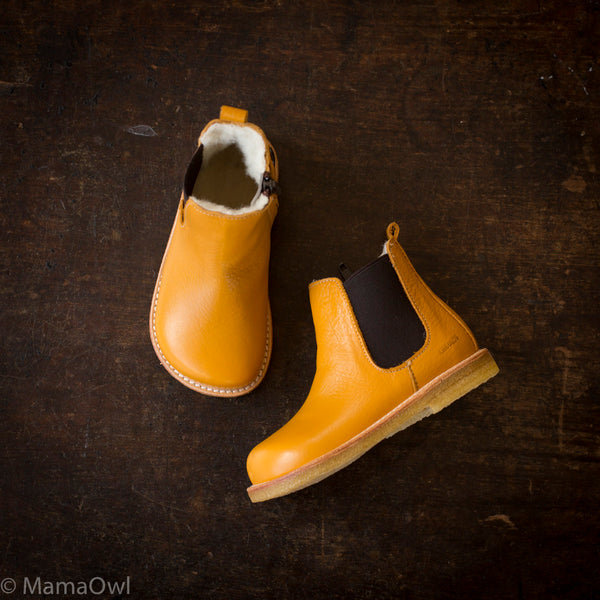 Wool Lined Chelsea Boots - Ocher/Brown - 29 - 31